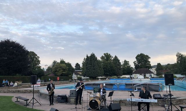 A Swinging Summer's Evening with Peter Gill & The Good Time Charlies
