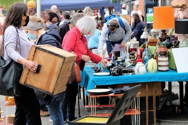 Cheltenham Antique and Vintage street Market