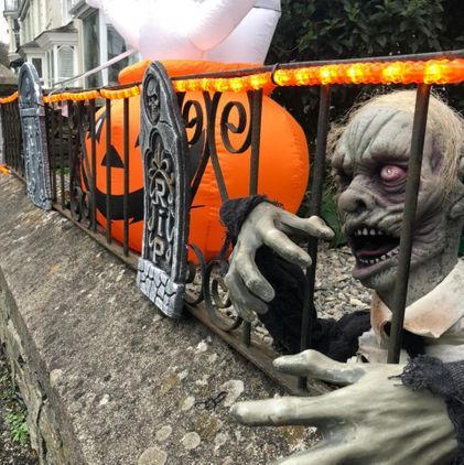 Halloween House Trevanion Road