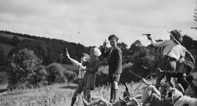 Wartime Games and Pastimes